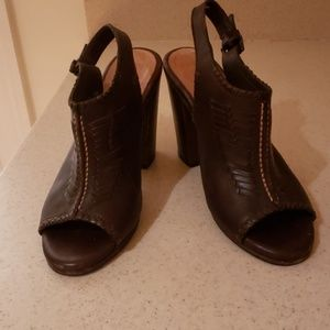 Reposh FRYE braided leather sandals heels size 7